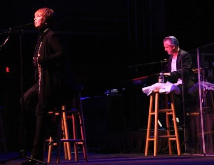 Neil Giraldo & Pat Benatar, photo by Jim Hendershot 6/24/08