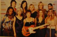women rock group photo